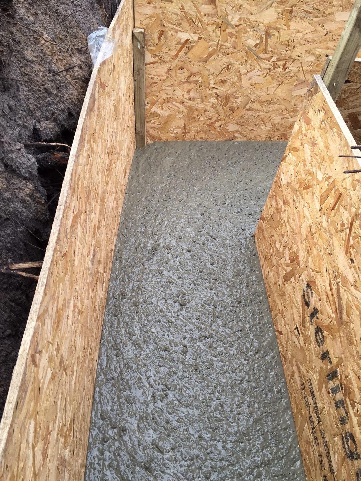 6 simple steps to pour a perfect concrete slab mister for Simple concrete