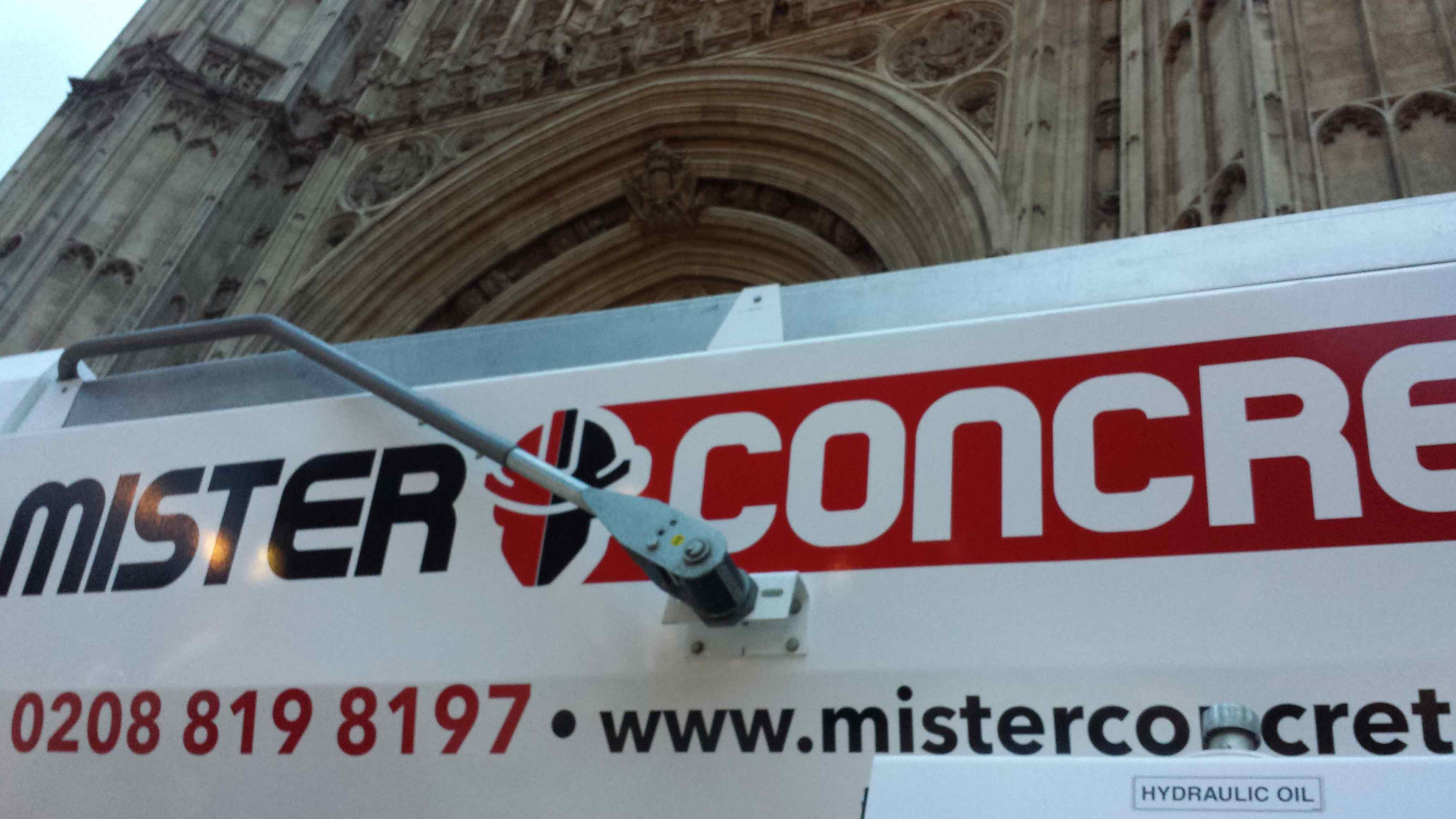 Mister Concrete in Westminster palace